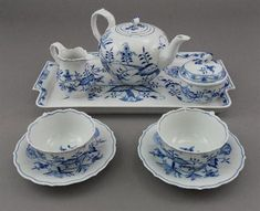 A cased Meissen deutche blumen pattern tea service