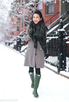 ExtraPetite.com - Snow day: Taupe   greens