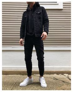 Mens Fall Outfits, Cool Outfits For Men, Stylish Mens Outfits, Stylish Clothes For Men, Mens Casual Winter Clothes, Guys Casual Fashion, Jean Outfits For Men, Black Outfits For Guys, Winter Outfit For Men