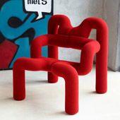 red futuristic armchair Poltrona Ekstrem™