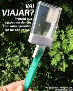 Gambiarra para proteger a escova de dentes em viagens