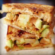 Grilled apple and peanut butter sandwhich. The kids would like this!