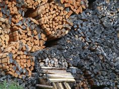 G Firewood, Texture, Crafts, Surface Finish, Crafting, Diy Crafts, Craft, Arts And Crafts, Wood Fuel