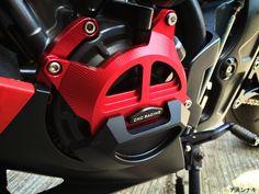 Engine guard set in RED for Honda CBR 650F & Cb 6550F:http://anunaki-parts.com/en/honda-cbr650f-cb650f/313-engine-guard-set-honda-cbr650f-cb650f.html