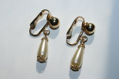 Vintage Wedding Earrings Sarah Coventry pearl by ANewDayVintage, $1.90