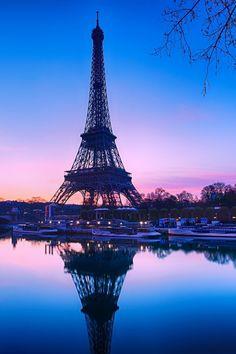 atraversso: Pink Paris by Charlie Joe Eiffel Tower Photography, Paris Photography, Nature Photography, Travel Photography, Paris Pictures, Paris Photos, Nature Pictures, Torre Eiffel Paris, Paris Eiffel Tower