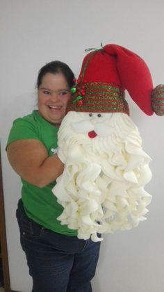 Xmas Crafts, Fabric Dolls, Cookies, Easy Crafts, Christmas Ornaments, Feltro, Christmas Bathroom, Christmas Cushions, Christmas Door