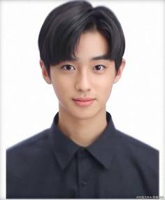 ♡♡ Kim Mingyu born in training for 8 months. School Id, Kim Min Gyu, Id Photo, Produce 101, Profile Photo, Mingyu, Boyfriend Material, My Idol, Rapper