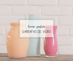 Quer aprender como pintar garrafas de vidro? Nesse artigo eu te ensino como fazer isso de uma forma super simples, fácil e sem gastar muito!