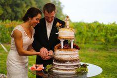 #NakedCake, #wedding #cake #Vineyardwedding