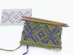 Little missy jacket / DROPS children - free knitting patterns by DRO . : Little missy jacket / DROPS children – free knitting patterns by DROPS design Baby Knitting Patterns, Knitting Designs, Knitting Projects, Stitch Patterns, Knitting Ideas, Drops Design, Fair Isle Knitting, Knitting Socks, Free Knitting