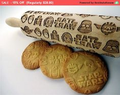 Wooden laser engraved rolling pin with Star wars pattern STAR WARS Embossing Rolling pin. Wooden laser by AlgisCraftsSTAR WARS Embossing Rolling pin. Wooden laser by AlgisCrafts Cocina Star Wars, Star Wars Kitchen, Star Wars Bb8, Star Wars Party, Love Stars, Cooking Utensils, Kitchen Gadgets, Cooking Gadgets, Cooking Food