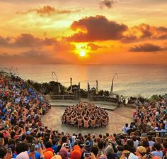Kecak dance, sunset uluwatu