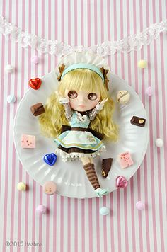 Welcome our sweet chocolate waitress Neo Blythe Minty Magic! Chocolate Sweets, Mint Chocolate, Doll Repaint, Pink Eyes, Pet Shop, Mix Match, Blythe Dolls, Princess Peach, Concept