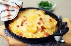 Our tartiflette recipe combines potatoes, bacon and cheese to make a delicious, cheap, quick and easy family meal Tartiflette Recipe, Easy Family Meals, Easy Meals, Cocinas Chocolate, Hungarian Recipes, French Recipes, Vegetable Side Dishes, Side Dishes, Vegetarian