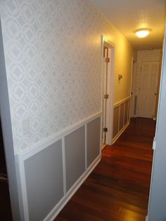 Do+THIS+to+your+boring+hallway+to+make+it+look+so+much+better!