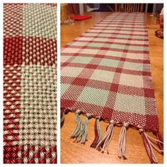 Woven table runner, using cotton yarn. By Naomi Shepherd