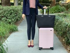 How to Build a Business Travel Capsule Wardrobe