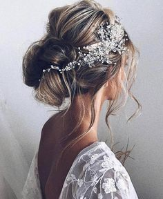 Saturday night bridal hair inspiration from @ulyana.aster ⚡️ #love #instagood #me #photooftheday #beautiful #picoftheday #summer #beautiful…