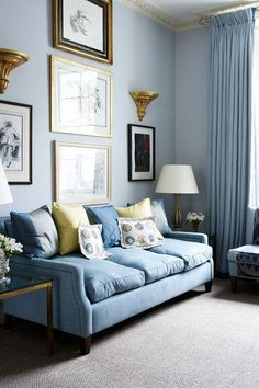 Blue Living Room Decor - What colors go well with sky blue? Blue Living Room Decor - How can I make my living room look more expensive? Tiny Living Rooms, Small Living Room Design, Living Room Paint, Living Room Grey, Living Room Sofa, Living Room Furniture, Living Room Designs, Living Room Decor, Blue Curtains Living Room