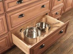 Drawers rather than wall cabinets. Drawers are more accessible than cabinets and can be used to organize dishes, pots, pans, utensils and more. My future kitchen might just have ALL drawers. Kitchen Base Cabinets, Kitchen Cabinet Drawers, Kitchen Cabinet Styles, Kitchen Countertops, Wall Cabinets, Kitchen Drawer Dividers, Kitchen Storage, Kitchen Organization, Kitchen Utensils