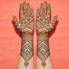 Gorgeous Indian mehndi designs for hands this wedding season - Mehendi - Henna Designs Hand Wedding Henna Designs, Latest Bridal Mehndi Designs, Indian Henna Designs, Full Hand Mehndi Designs, Mehndi Designs For Girls, Mehndi Designs 2018, Mehndi Designs For Beginners, Dulhan Mehndi Designs, Mehndi Design Photos