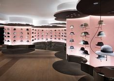 Hat Cloud - Hat FloorA design renovation for a women's hat store on the second floor of the Seibu Shibuya department store. The store is. Visual Merchandising, Store Concept, Nendo Design, Design Design, Design Commercial, Hat Stores, Retail Store Design, Retail Shop, Store Interiors