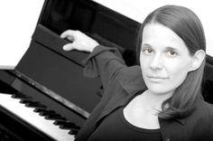 Bern - Marisa-Luana unterrichtet Klavier
