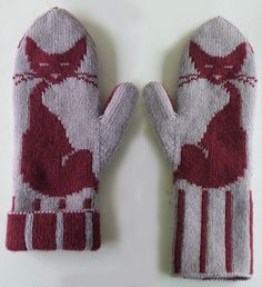 Kittensmittens-4 by kalinumba, via Flickr.  Pattern for the cutest cat mittens ever!  $  She also has a pattern for a cats' eyes wrap/scarf that's amazing!  Ravelry
