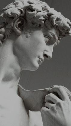 Roman Sculpture, Art Sculpture, Sculptures, Michelangelo Sculpture, Gray Aesthetic, Black And White Aesthetic, Aesthetic Backgrounds, Aesthetic Wallpapers, Sculpture Romaine