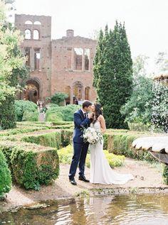 Barnsley Garden wedding planned by we tie the knots. Tuscan inspired garden wedding.
