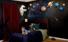 Kinderkamer met planeten thema   Inrichting-huis.com  boysroom space theme