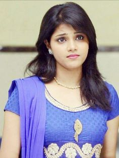 Beautiful Girl Indian, Beautiful Girl Image, Beautiful Indian Actress, Beautiful Bride, Beautiful Places, Girls Dp, Cute Asian Girls, Cute Girls, Beautiful Girl Wallpaper