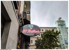 """Rótulo de la conocida cafetería """"El Brillante"""" en la que se sirven unos estupendos bocadillos de calamares, un """"tentempié"""" muy característico de Madrid. Label the famous restaurant """"El Brillante"""" in which some great calamari sandwiches, a very characteristic """"snack"""" of Madrid are served."""