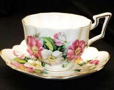 Salisbury England Pink White Wild Dogwood Tea Cup and Sauce