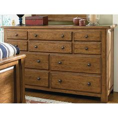 UF-082040 Better Homes Dresser