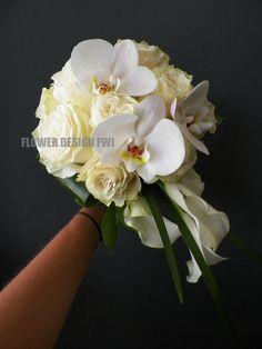Bouquet retombant : rose orchidée callas