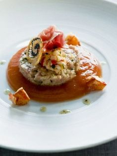 Tartaar van kalf en salade van kreeft - Recepten - Eten - ELLE | ELLE
