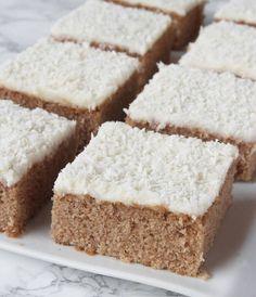 pepparkakskärleksmums8 Swedish Recipes, Sweet Recipes, Cake Recipes, Dessert Recipes, Bagan, No Bake Treats, Cookie Desserts, Dessert Bars, Christmas Baking