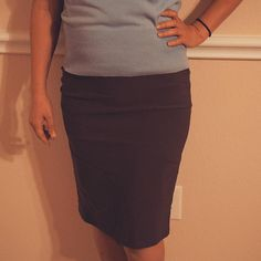 This skirt from #KateKasin is much nicer and much better quality than I'd expected. The material is very thick and stretchy and conforming to the body. I ordered an M and it fits perfect. Definitely order your usual size Sometimes I sized up ordering from Amazon because of previous experience with clothing from overseas. With this skirt you don't need to do that. The fit is very nice the seams are extremely sturdy and the zipper works fine. To be honest I thought this skirt was way more…
