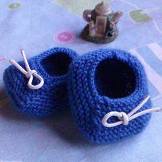 b54239b1b6fc0 Bienvenue dans ma boutique  etsy   Chaussons bébé tricotés mains