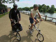 Al Roker takes a bicycle tour of London