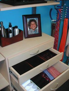 5 Great Reasons to Move Your Dresser Inside Your Closet