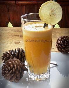Suc de dovleac, mandarine si ghimbir retetele mele dragi Aesthetic Food, Glass Of Milk, Beer, Mugs, Drinks, Cooking, Tableware, Vegans, Root Beer
