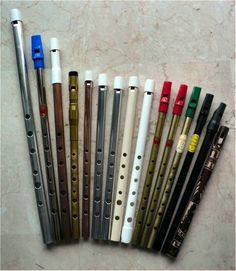 many tin whistle