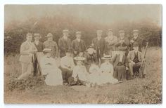CULLOMPTON or DEVON RIFLE VOLUNTEERS (?) - 1906 REAL PHOTO - Civilians & Soldier