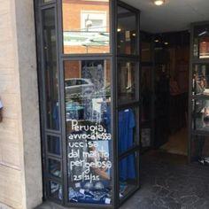 Lazio: #Latina: #scritte e #magliette rosse sulle vetrine per non dimenticare le vittime dei... (link: http://ift.tt/28Nls7Y )