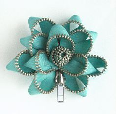 beaded+buttons | Beads, Buttons, Wire - Brooches | Pinterest