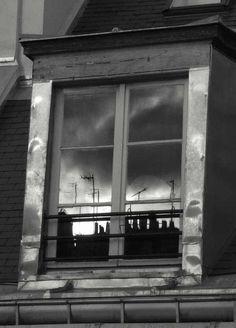 Through my window, Paris — Frederic Bourret (2004)