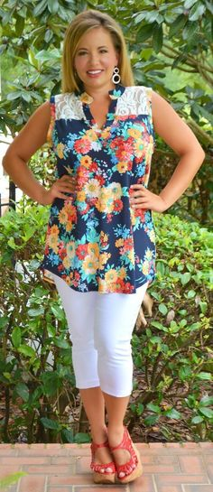 In Full Bloom Top - Perfectly Priscilla Boutique